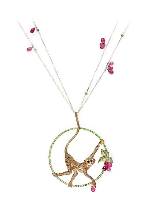 这一系列的珠宝具有原创性,美感,可爱及带点幽默感的动物造型