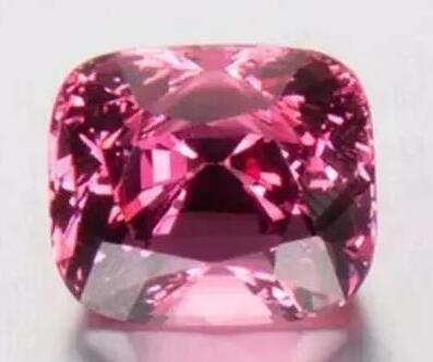 红宝石与红尖晶石、红碧玺如何分辨?